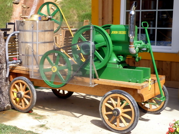 John-Deere Ice Cream Maker