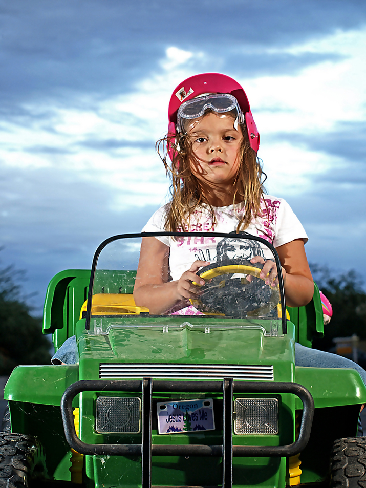 john deere kid16 John Deere Tractors and the Children Who Love Them (25 pics)
