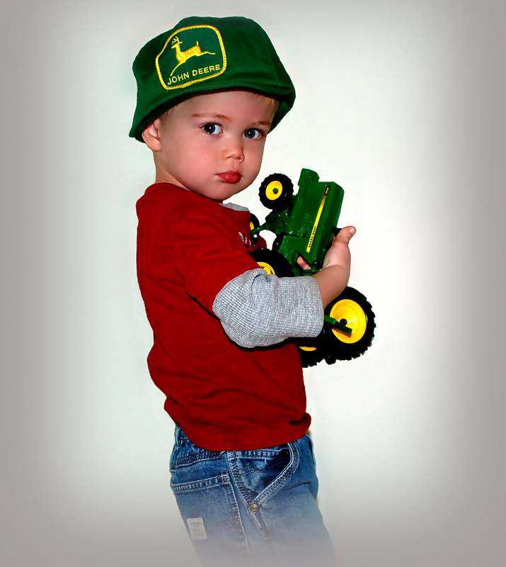 john deere kid23 John Deere Tractors and the Children Who Love Them (25 pics)