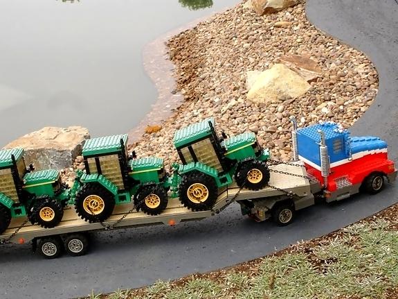 John Deere Tractors Lego
