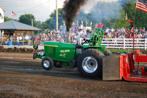 Tractor Pull Tractors : Excellent tractor pulling images