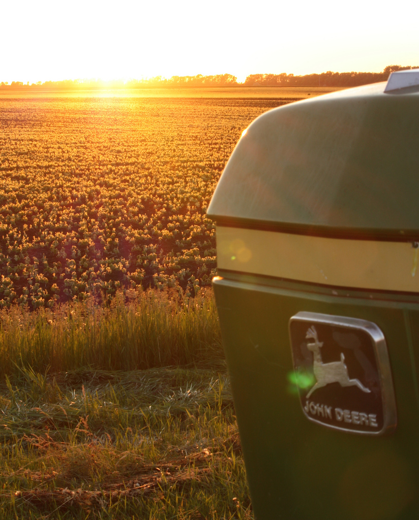 John Deere Gators >> 11 Glorious John Deere Sunsets