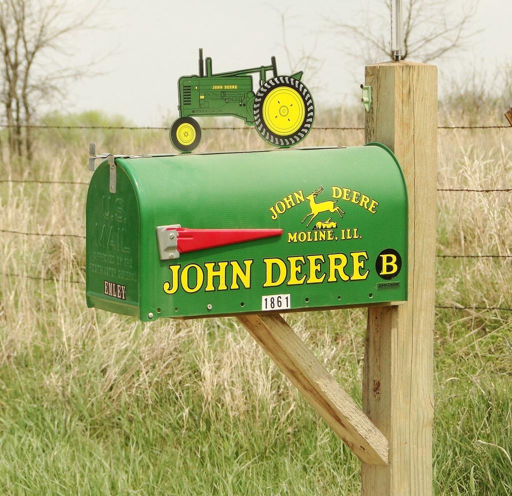 John Deere Gators >> John Deere Mailboxes
