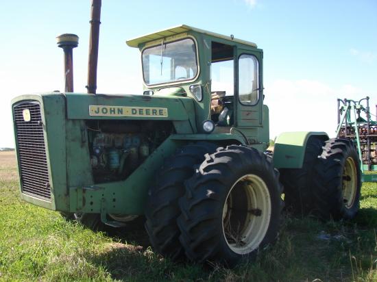 Rare John Deere Tractors : Rare john deere wd tractor sells for k