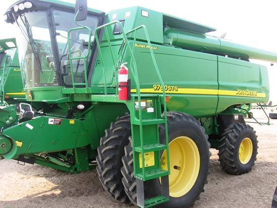 Used John Deere 9760 Combine