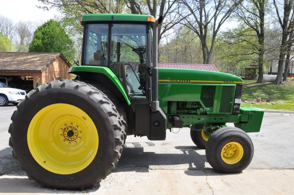 JD 7800 2WD Tractor