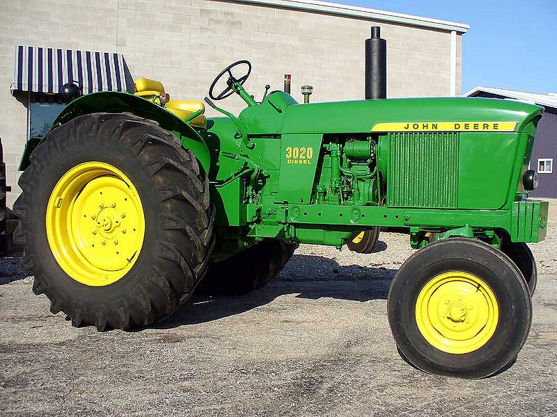 John Deere 3020 Antique Tractor