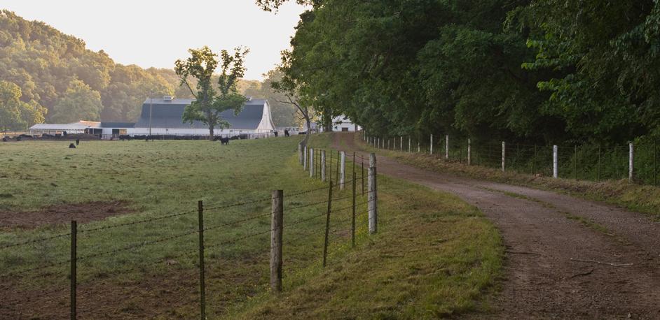 r4a026601 agintrohero 942x458 Farming Equipment From John Deere Will Blow You Away In 2013