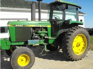 John Deere 4440 Tractor Sold for $42,000 on Wisconsin Auction