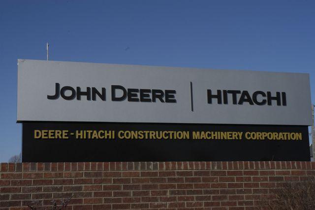 John Deere Hitachi