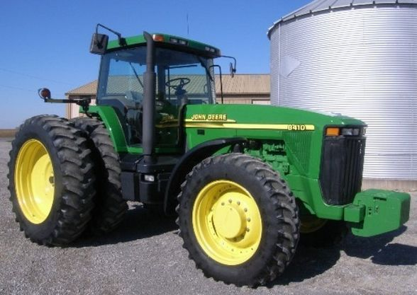 2000 JD 8410 tractor