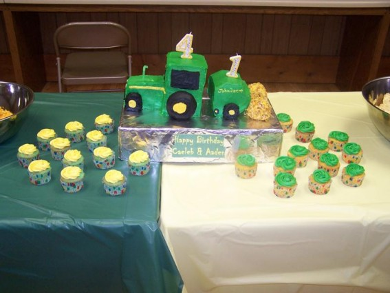 shapes John Deere Cupcakes 567x425 John Deere in Our Everyday Lives