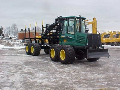 used heavy equipment forwarder