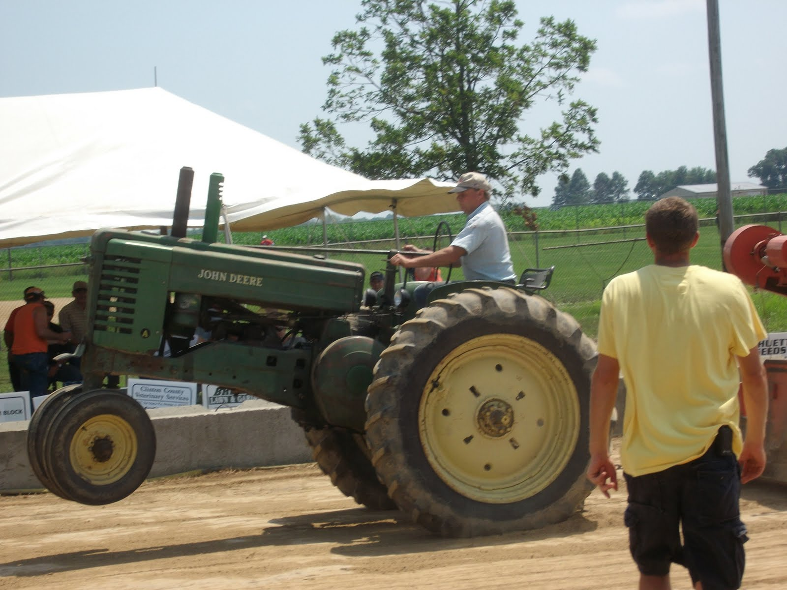 Tractor Pull Tractors : Action packed john deere tractor pull photos