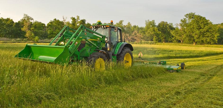 John Deere Row Crop Tractor