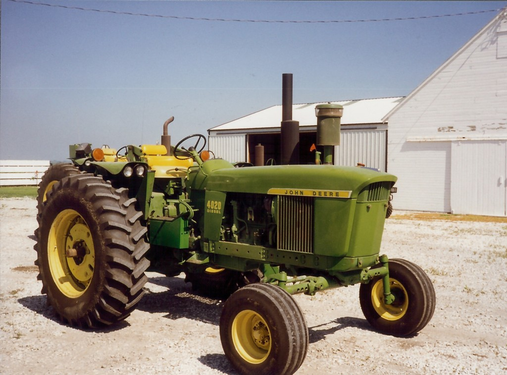 4020 1 1024x757 Incredible Photos of the Legendary John Deere 4020