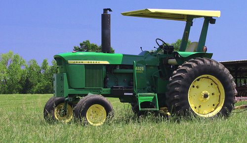 4020 2 Incredible Photos of the Legendary John Deere 4020