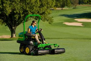 John Deere showcased several new products and made a charitable donation at the 2013 GIS