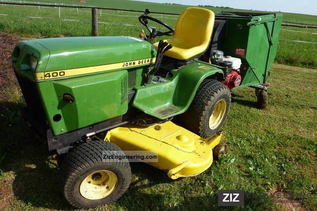 John Deere 400 series lawn tractor