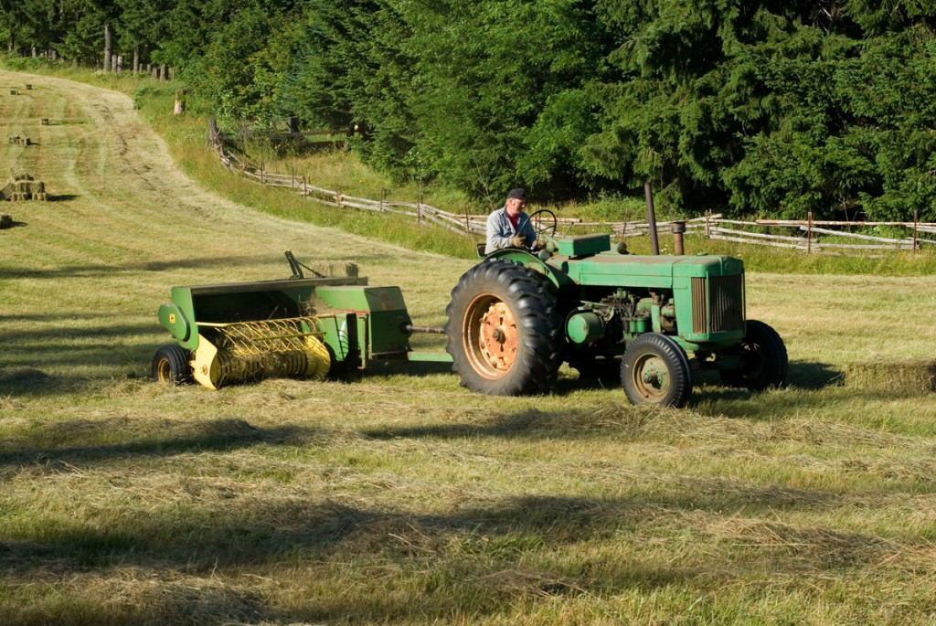 First diesel-power John Deere tractor: Model R