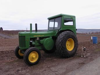 Model R tractor by John Deere