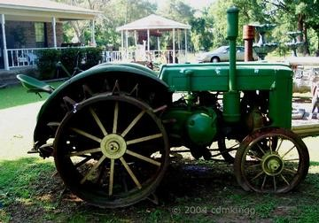 Model D e1360709131117 10 Antique John Deere Tractors: Image Gallery
