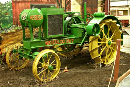 big waterloo boy e1360708498647 10 Antique John Deere Tractors: Image Gallery