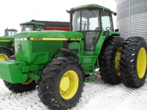 1993 John Deere 4960 row-crop