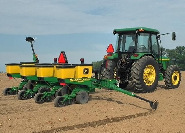 Biggest Seeder Of John Deere: Get Ready: It's Growing Season For Corn [Image Gallery]