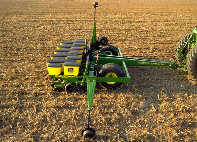 John Deere Planter | Growing Season