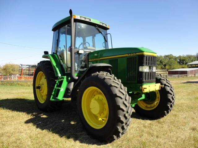 JD 7200 Tractor