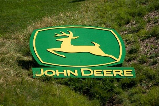 John Deere Logo on Course