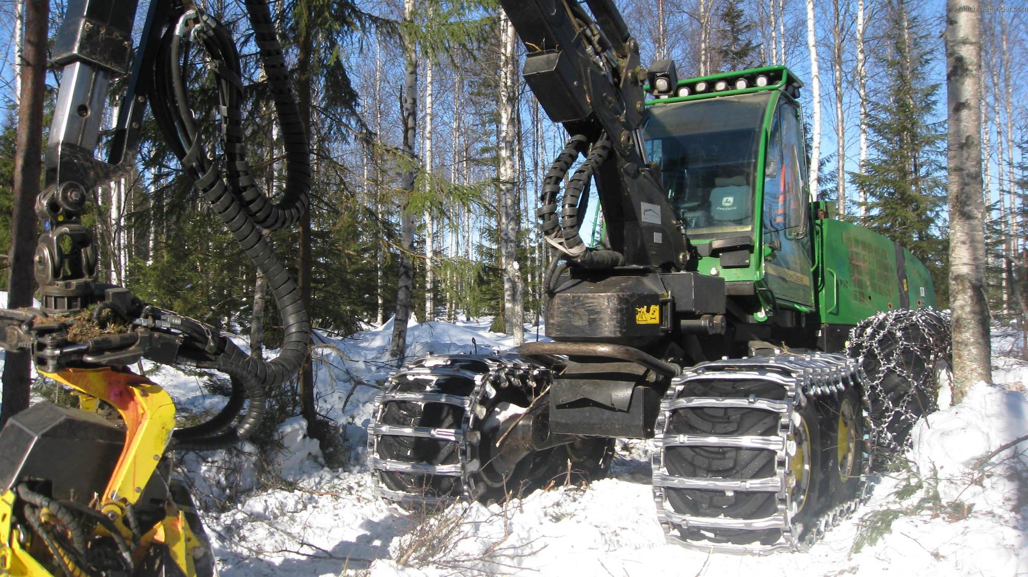 John Deere Forestry Harvester in Snow