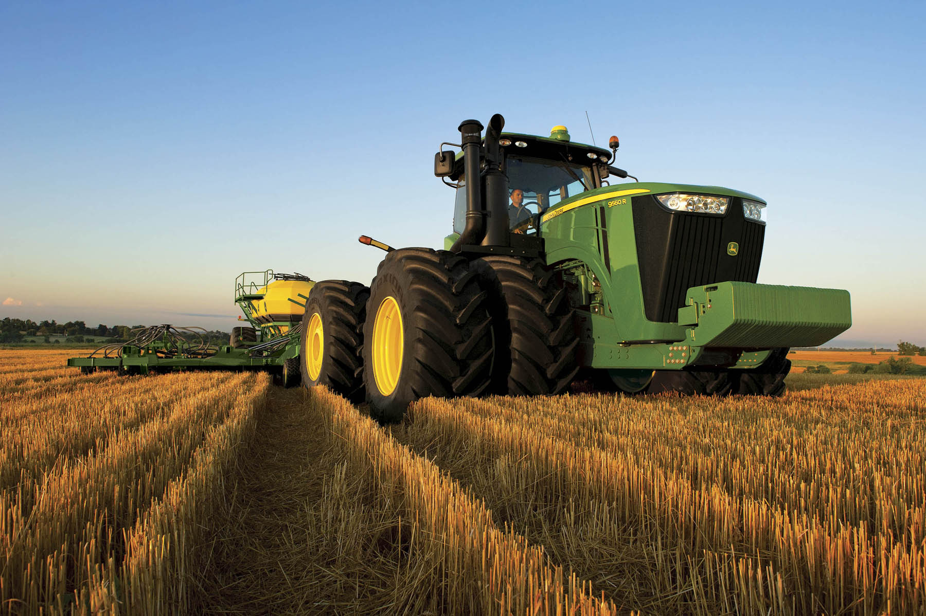 John Deere Tractor Models Visual Guide