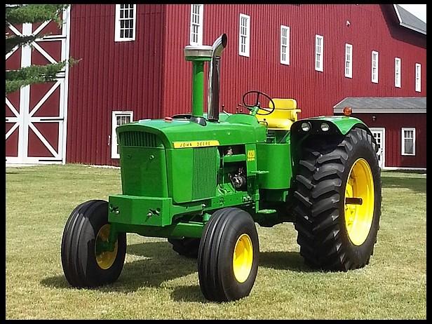 John Deere 4010 Wheatland : Pair of jd tractors set records
