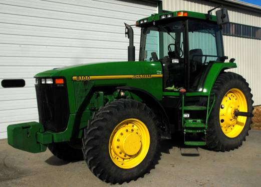 This 1995 John Deere 8100 tractor with 2,626 hours sold for $81,000 on a Jan. 6, 2014 farm auction in northern New Jersey