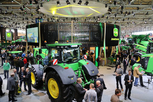 John Deere will be among more than 500 exhibitors at the 2014 Western Farm Show