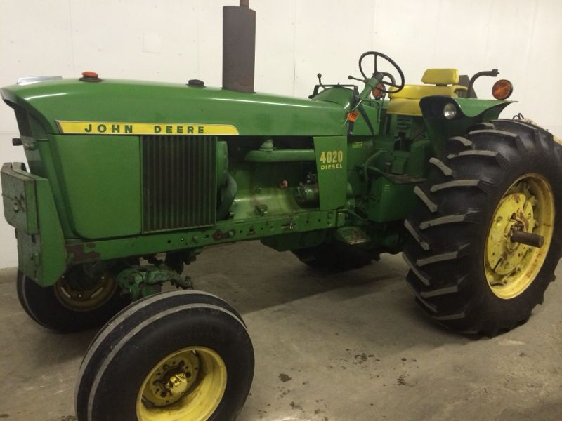 "This 1972 JD 4020 diesel tractor with 4,180 original ""1 owner"" hours sold for $30,000 on a February 22, 2014 consignment auction in northeast Indiana"