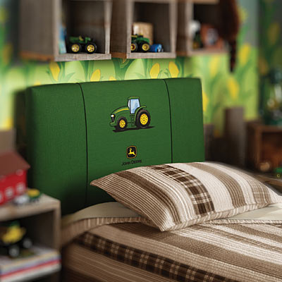 6 Items To Create The Ultimate John Deere Room For Kids