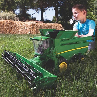 Entertaining Farmers Of The Future With John Deere Combine Toys
