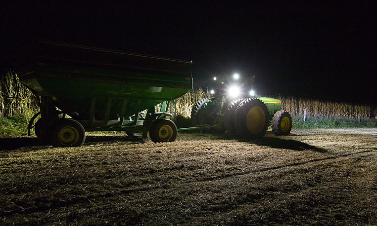 John Deere Night Harvest