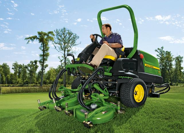 Image Gallery  John Deere Golf And Turf Equipment Grooming