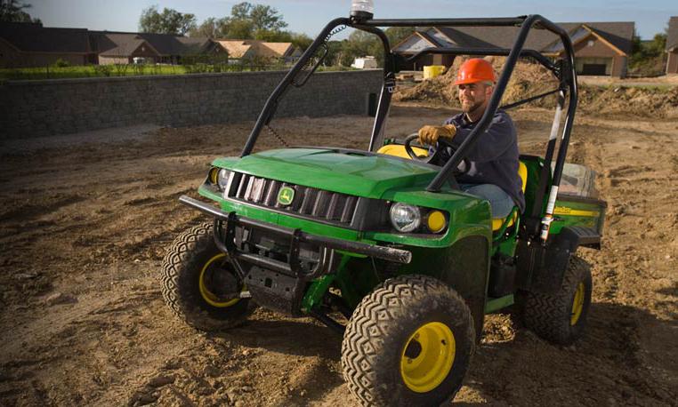 John Deere HPX Gator Dirt