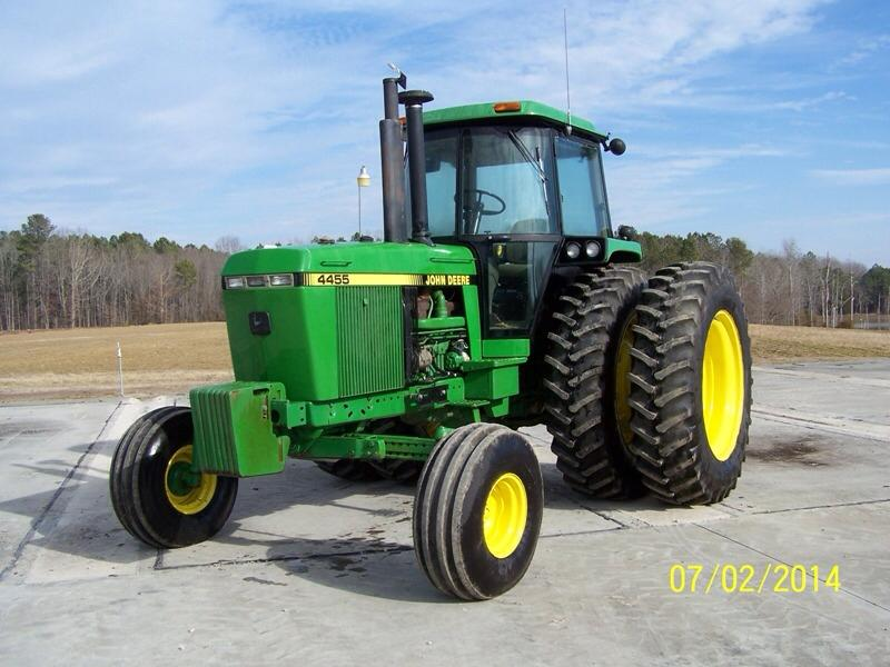 1992 JD 4455 2WD with 3,850 Hours