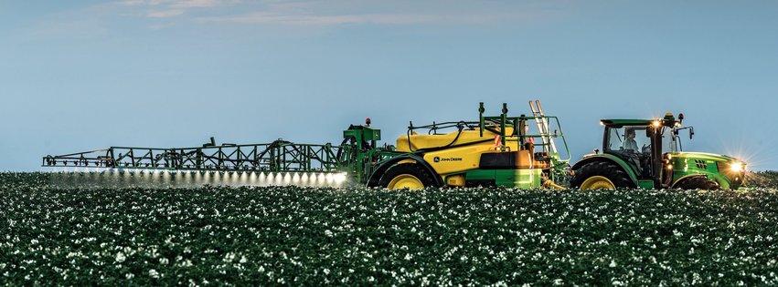 John Deere Cotton Spraying