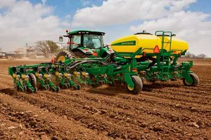 Farmers in southern states are amid corn planting season while those in northern states struggle to get started.