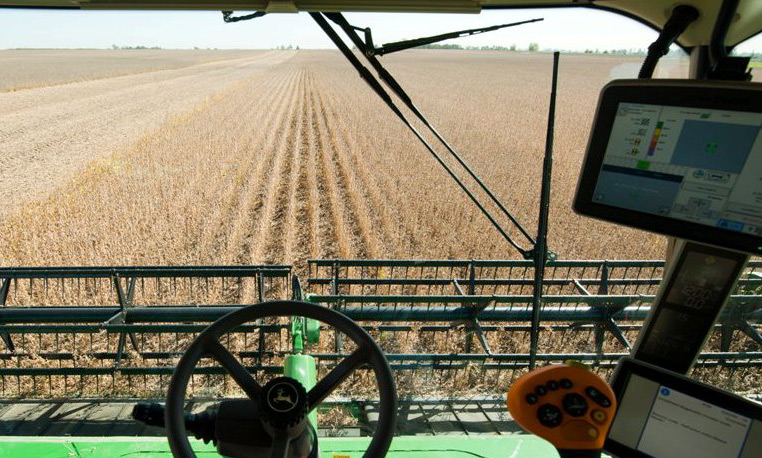 Inside Of A Combine : Taking a look from within all access john deere cab photos