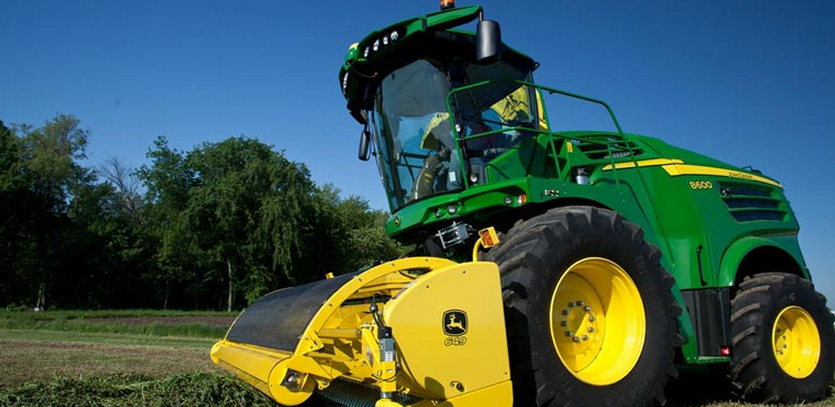 John Deere Self Propelled Harvester