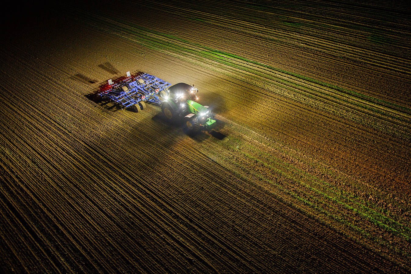 A Brighter Future: 5 Vibrant Features of John Deere LED Lights