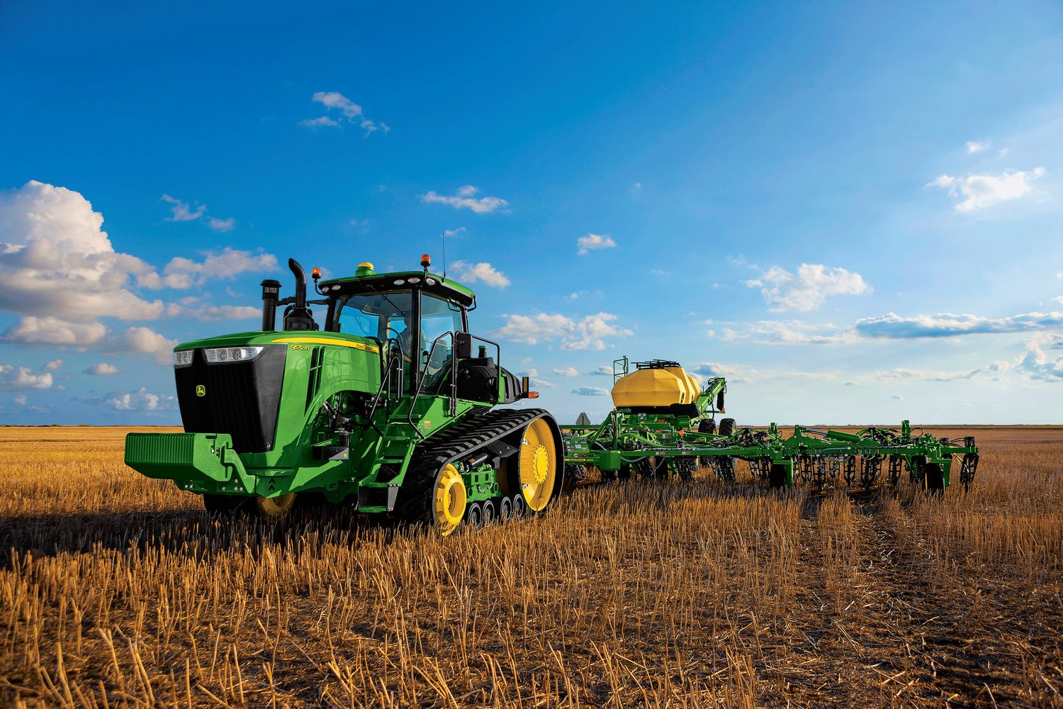 rsz nmb 9rt tractor large Pulling up the Curtain on the New Line of 2015 John Deere Products